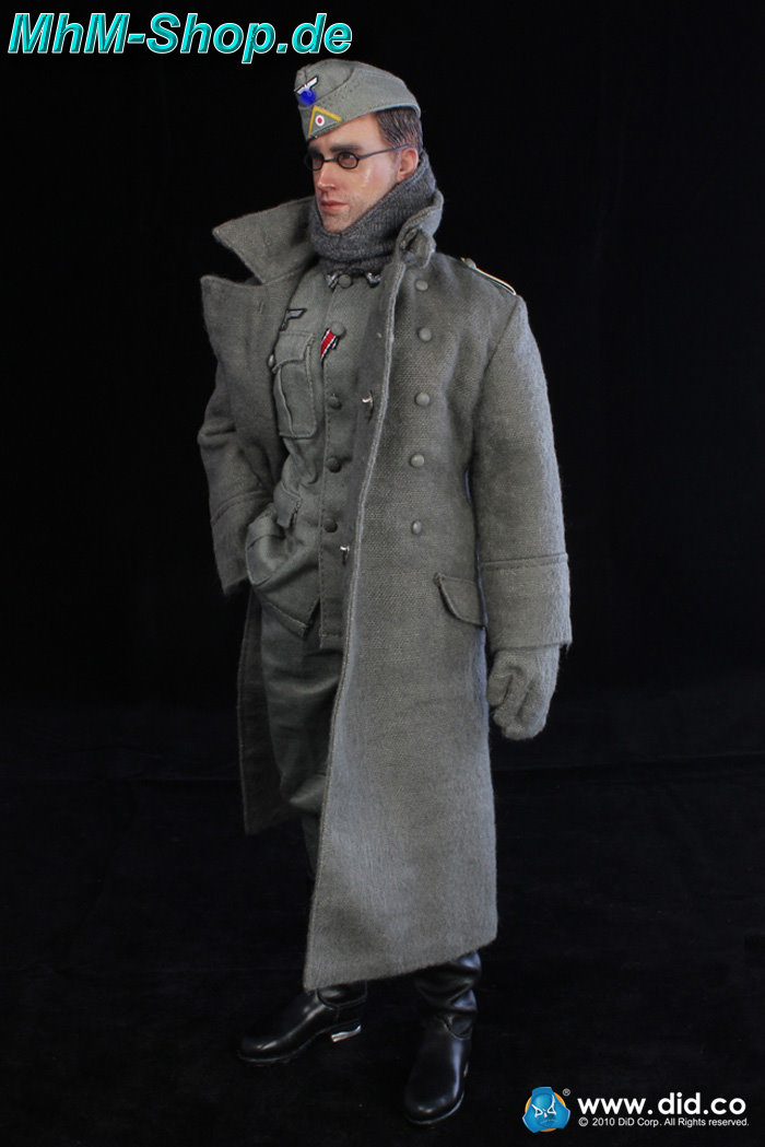 did josef    german wehrmacht coat in 1    6